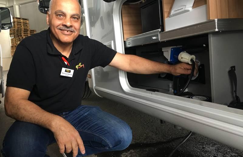 <p>Urlaub im Wohnmobil von Ute Zaworka, Camping Falle in Villach, Herr Mabrouk</p>