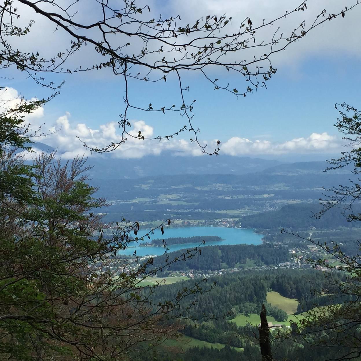 Campingurlaub Ute Zaworka, Herrlicher Ausblick auf den Faaker See