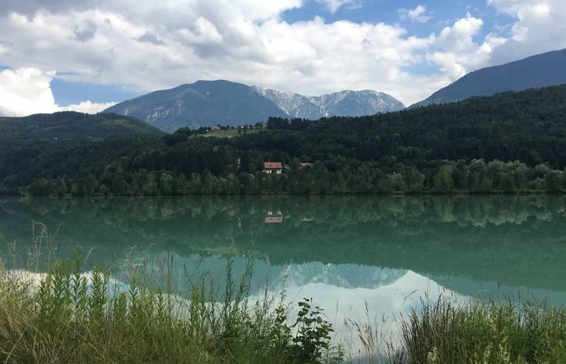 <p>Urlaub im Wohnmobil von Ute Zaworka, Camping Rosental Rož, Radfahren am Drauradweg</p>