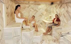 Einzigartige Saunalandschaft im Hallenbad St. Veit
