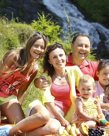 Famiie im Spielepark Malta im Lieser-Maltatal